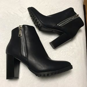 Shoes - Ankle zipper Booties Size 7